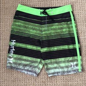 Hurley Phantom Swim Trunks (Size 33)